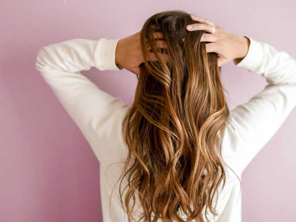Cách massage kích thích mọc tóc hiệu quả