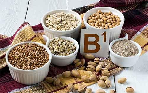 Chế độ dinh dưỡng kích thích mọc tóc với B1