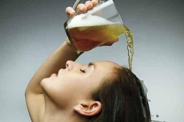 Cách gội đầu bằng bia hiệu quả