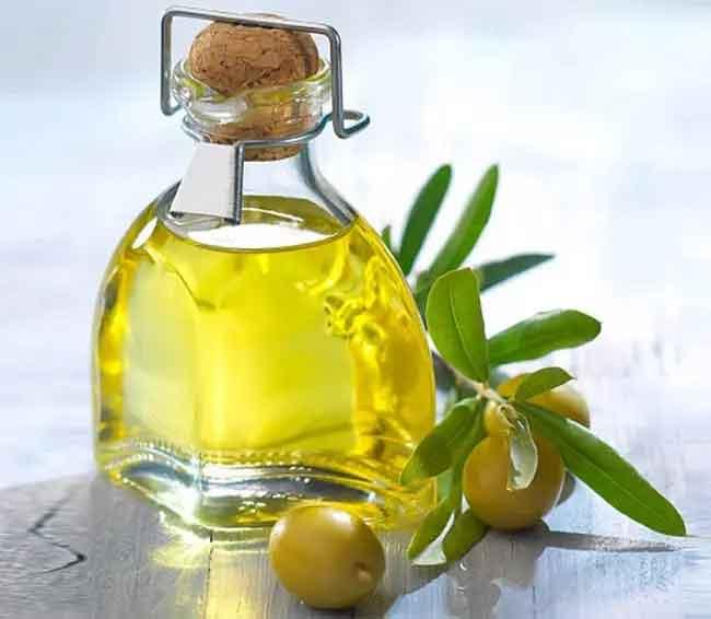 Cách dưỡng tóc bằng dầu oliu giúp mái tóc khỏe đẹp