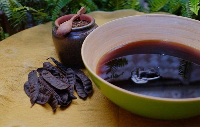 Dầu gội đen tóc bằng thảo dược loại nào tốt và nên dùng