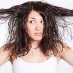Tình trạng tóc dầu và bết dính